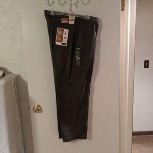 BRAND NEW.......Haggar comfort waist men's pants